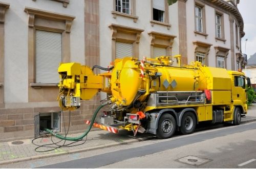 commercial septic tank pumping